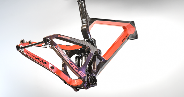 Antidote Carbon Jack red3